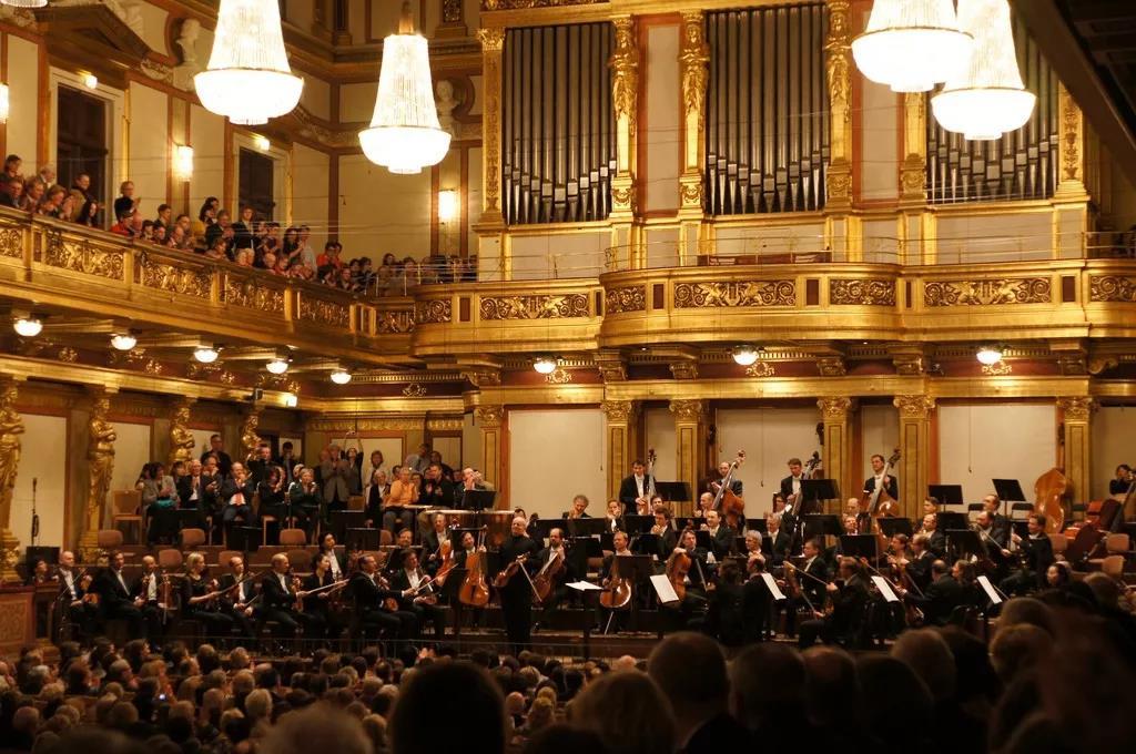 德尼尔森_2020维也纳新年音乐会四个版本唱片-非常发烧网